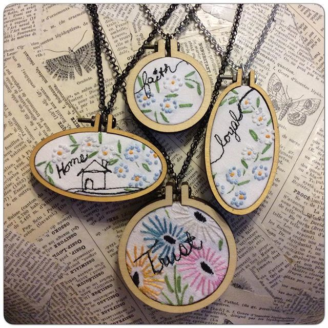 Mini Embroidery Hoop Pendants and Vintage Embroidered Linens