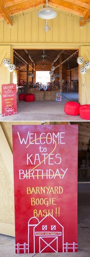 cute barn yard birthday party party-ideas