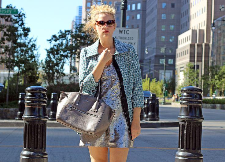 La fashion blogger Elisabetta Bertolini indossa Cappotto darling London!