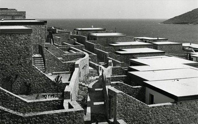 Ιστορικός τόπος χαρακτηρίστηκε το οικιστικό συγκρότημα «Απολλώνιο» | naftemporiki.gr