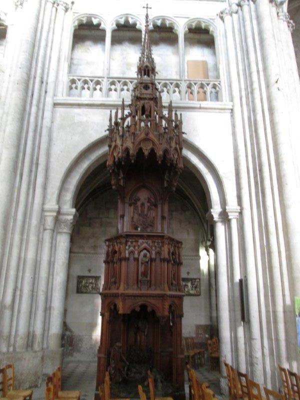 St Taurin