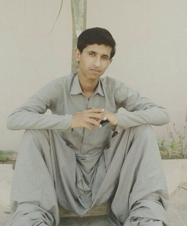 #Media #Oligarchs #MegaBanks vs #Union #Occupy #BLM #Humanity  16 years old Balach #Baloch has been abducted by pakistani forces from Karach. His Ghulam Mohd was abducted and killed in 2009 @TarekFatah   https://twitter.com/Saboorbaloch8/status/828304291265990657