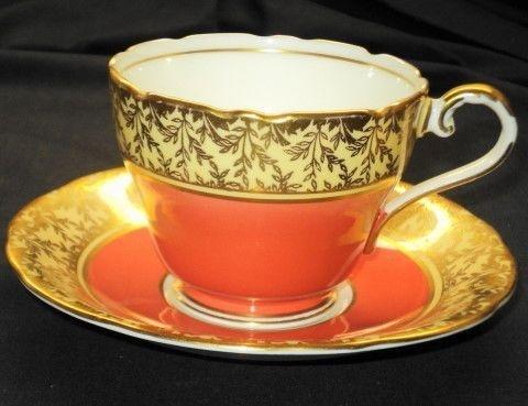 teacups and saucers orange   Tea Cups. / AYNSLEY GOLD ROYAL ORANGE TEA CUP AND SAUCER