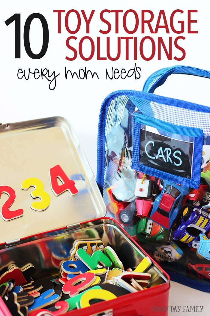 Get organized and clear the kid clutter with these 10 genius toy storage hacks! I love the playmat bag - amazing!