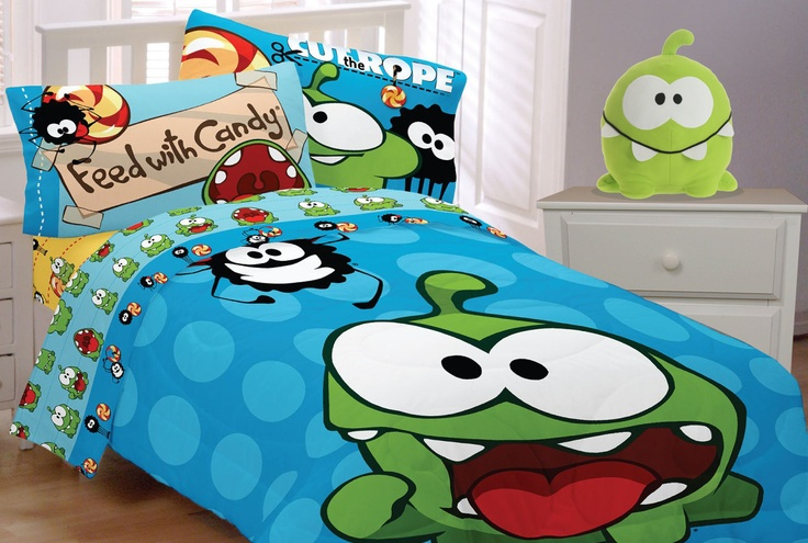 Ready for sweet dreams of endless candy? Now you can snooze with Cut the Rope bedding and your very own Cut the Rope Om Nom Cuddle Pillow®! Both available at select Target stores in your area.