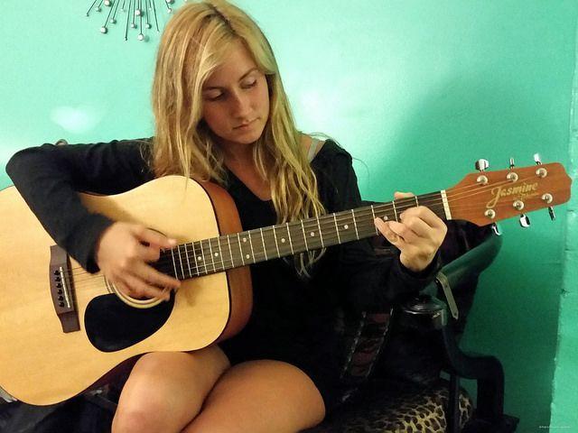 Jasmine S35 Acoustic Guitar Review Dreadnought Acoustic Guitar Natural In 2020 Guitar Reviews Acoustic Guitar