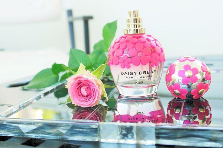 Tuoksutarjotin ja tuoksu Daisy Dream Kiss