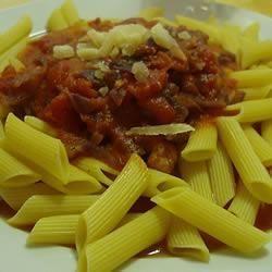 Penne met garnalen en tomaten-knoflooksaus