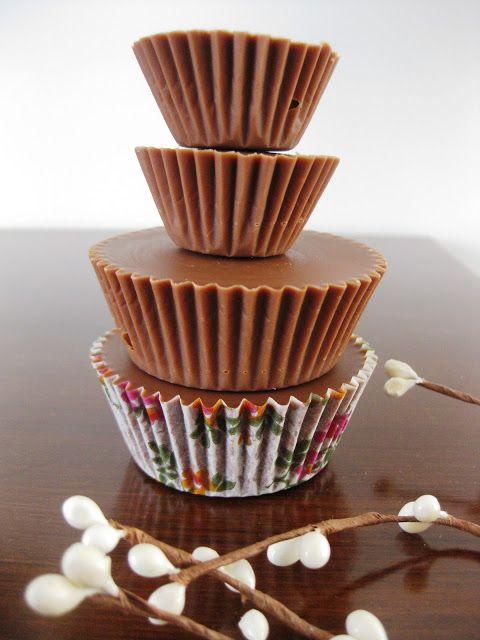 TASTEMIXER: Σοκολατάκια γεμιστά με φυστικοβούτυρο