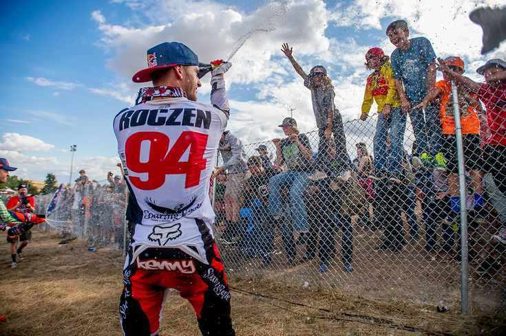 ken roczen 2016 press | Ken Roczen showers the masses with bubbly.