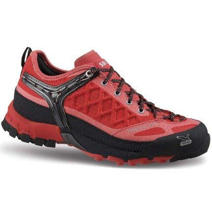 Chaussure Salewa Ws Firetail Gtx Rose rouge corail- Chaussure pour femme Trek et randonnée - Activités montagne - Boutique Cottay Shop Adhérence, robustesse et technicité en font l'un des modèles phares de la marque Salewa