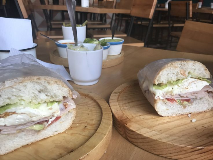 Jamon De Pavo in Mexico City: ham smoked turkey perfectly excessive amount of farmers cheese lettuce avocado and a bit of mayo! #sandwiches #food #lunch #love #salads #recipe #breakfast #coffee #foodie #foodporn