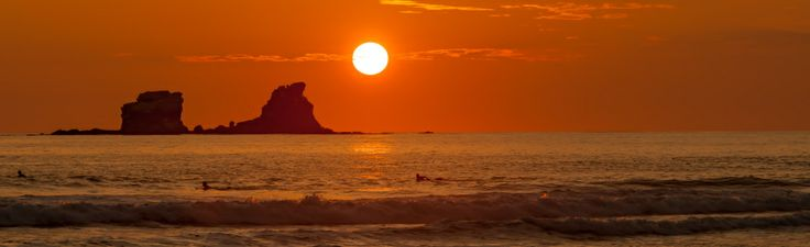 Otra Ola Surfing, Spanish & Yoga school in Ecuador
