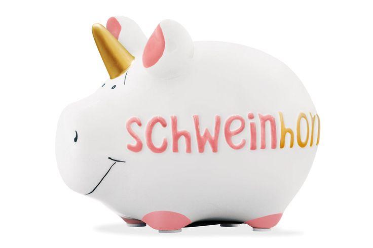 Oink! mit KCG: den regenbogenfarbenen Einhorn-Trend mit dem Schweinhorn aufgegriffen - ironisch - Mitbringsel, Geldgeschenk-Verpackung oder zum Sparen - eigene Wünsche erfüllen / Oink! by KCG: Unicorn trend with colors of the Rainbow - ironic - souvenir, boxing donation or to save money - fulfill desires | KCG Kawlath Creativ GmbH | Nordstil Sommer 2017 | TOP FAIR BLOG