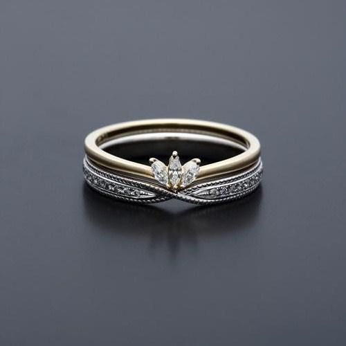 maison rubus: i believe the designer is yukiko sakamoto-kobayashi, and this ring is beautiful.
