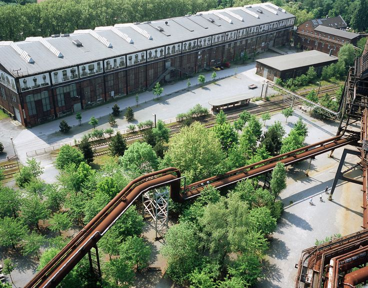 Landschaftspark Duisburg Nord by Latz + Partner   Design year: 1990 Year of construction: 1992 – 2002 Area: 230 hectares Budget: 15.500.000  EUR   Landezine