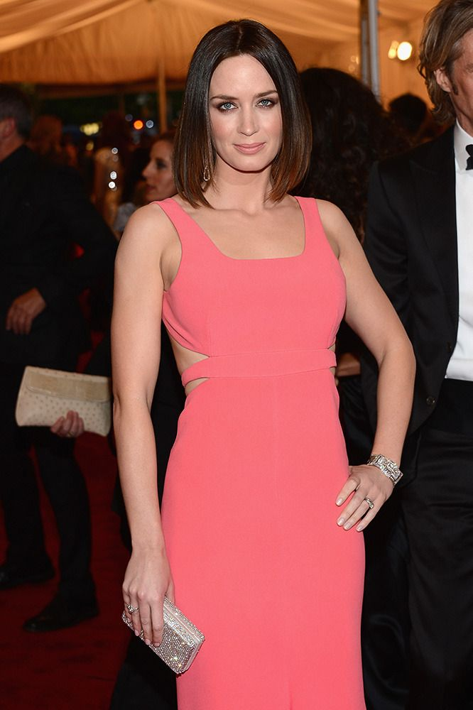 An elegant take on the popular style, Emily Blunt's sleek cut is streamlined perfection.