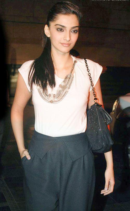 Sonam Kapoor sleek ponytail.