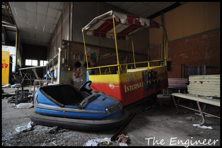Dadi Park, Belgium: Abandoned Amusement, Abandon Amusement, Abandoned Dadipark, Abandonend Amusement, Candy, Bumper Cars, Amusement Parks, Amusement Derelique, Carnival Rides