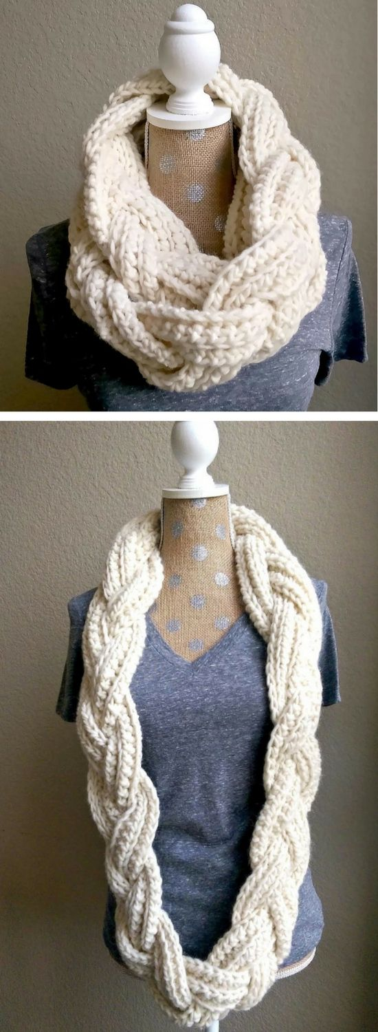This gorgeous crochet infinity scarf pattern is completely free and so much fun to make! Follow along with the video tutorial or written pattern here.