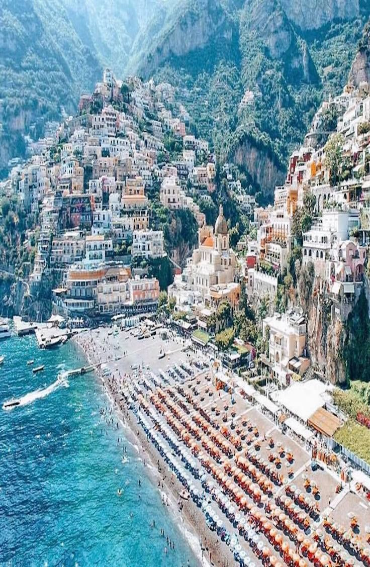 Positano, Italy || Places to #getlucky curated by your friends at luckybloke.com
