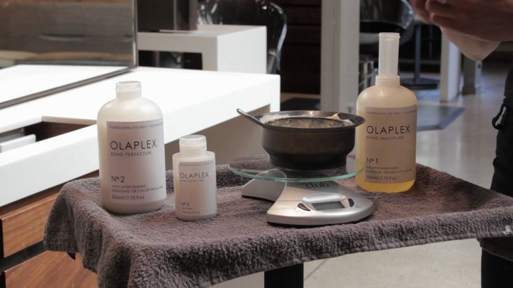 How to Use Olaplex. Spend a few minutes with celebrity colorist Tracey Cunningham watching this educational video to ensure your success with Olaplex.