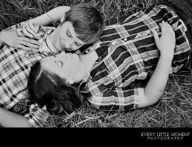 CouplesFlannels Photoshoot, White Plaid, Black And White, Couples Photography, California Parks, Engagement Pics, Couples Poses, Engagement Photoshoot, Couples Costumes