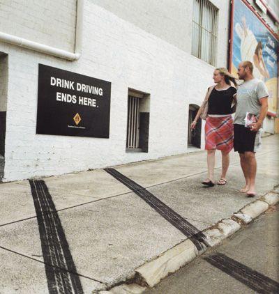 """"""" Boire quand tu conduis finit là """" / Campagne contre l'alcool au volant. /  Anti-drunk driving campaign."""
