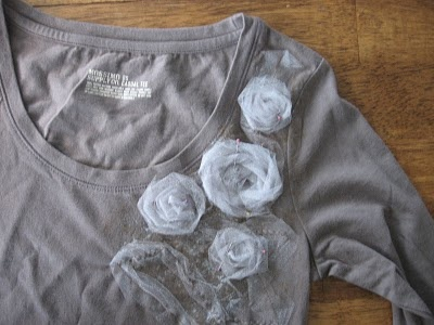 17 best images about t shirt re do 39 s on pinterest t for How to decorate t shirts