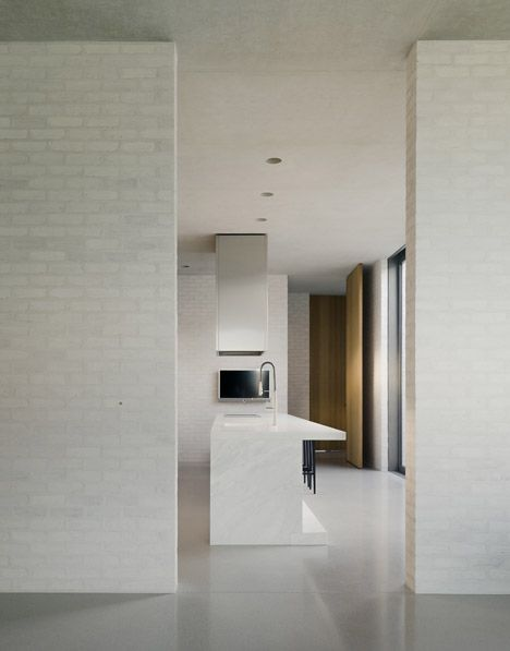 Fayland House by David Chipperfield - love the profile of the island bench