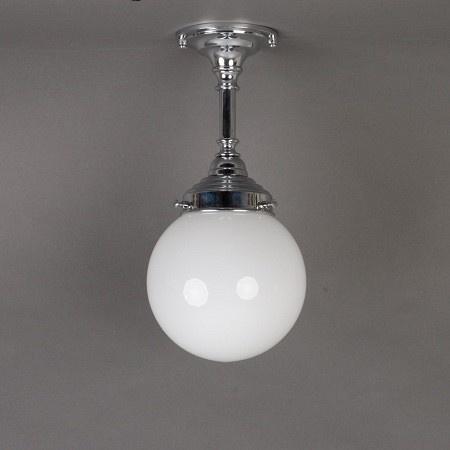 Badkamer Plafondlamp/Hanglamp Bol. Verkrijgbaar bij www.antiekstijlwebwinkel.nl.