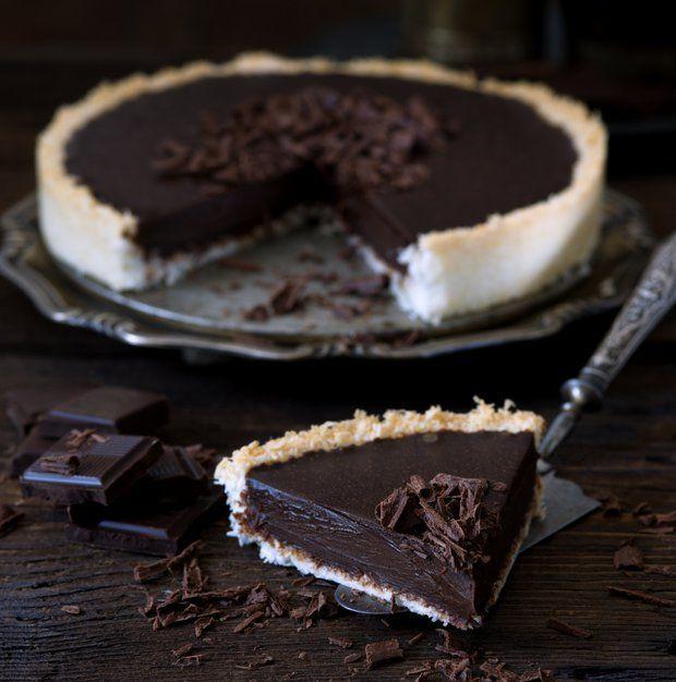 Bezlepkový čokoládový koláč s kokosovou krustou , Foto: L.A. CREATIVE FOOD