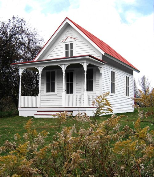 Best 25 white siding ideas on pinterest white siding for Small house construction cost