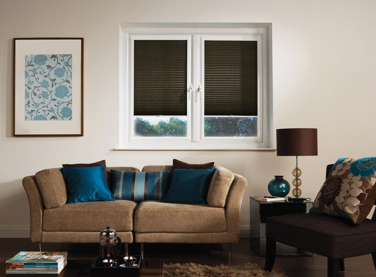 Pleated blinds - blinds - simple living room project - natural colours - kolory ziemi - salon - plisy