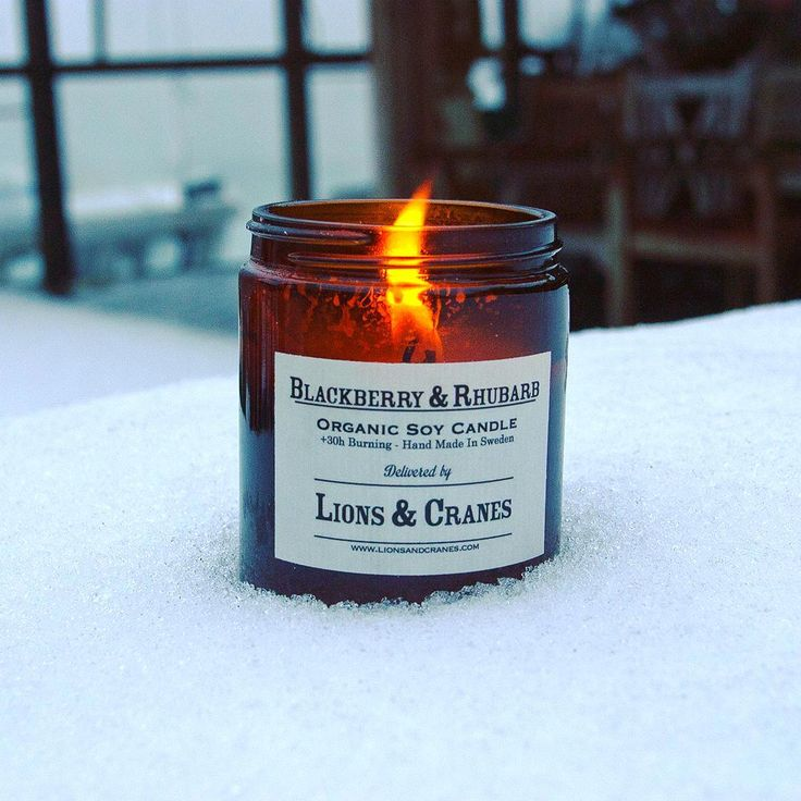⚓️❄️ Harness the Darkness with a new L&C organic soy candle. 30 hr burn time in 3 varieties: Lavender/Vanilla, Blackberry/Rhubarb, and Naturally Neutral (unscented). Made in Sweden.  #lionsandcranes #organic #candle #warmth #cold #nordic #nautical #drygoods #design #svenskform  #swedishdesign #madeinsweden