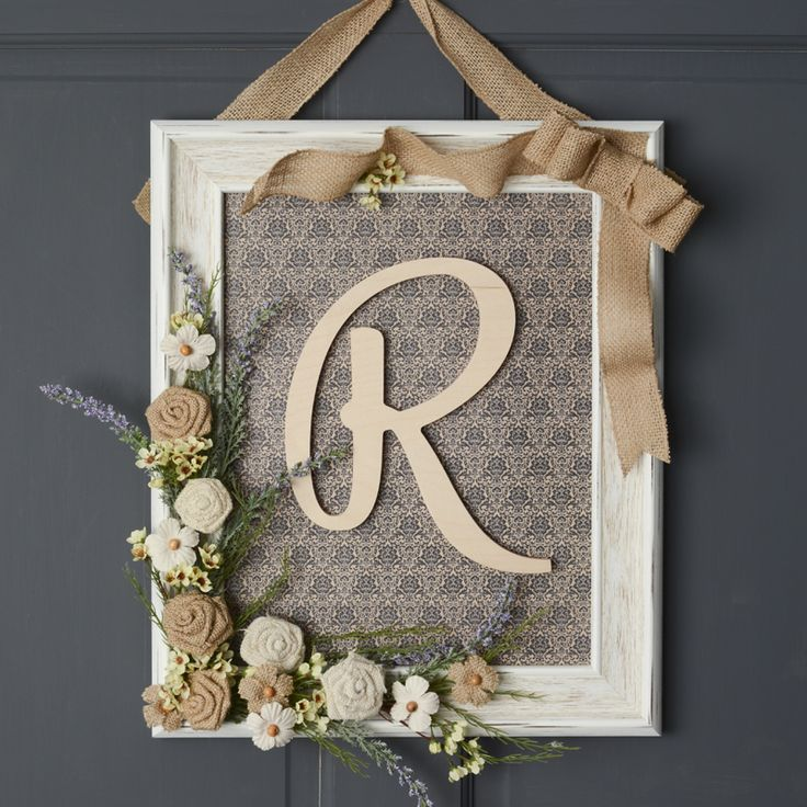 framed monogram wreath - unique decor ideas - DIY home decor ideas