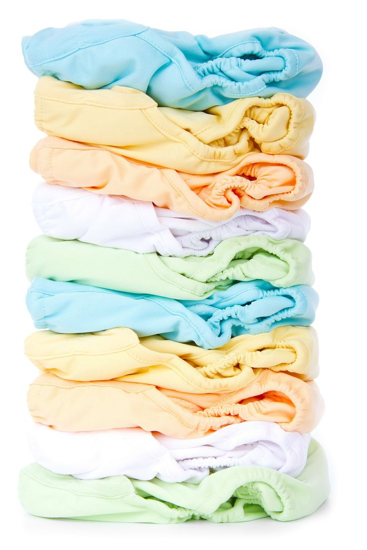 Do you use cloth diapers? If you're thinking of trying, know that you don't have to switch all at once. Try using them part time while you experiment. #clothdiapers #earthfriendly #babeetalk