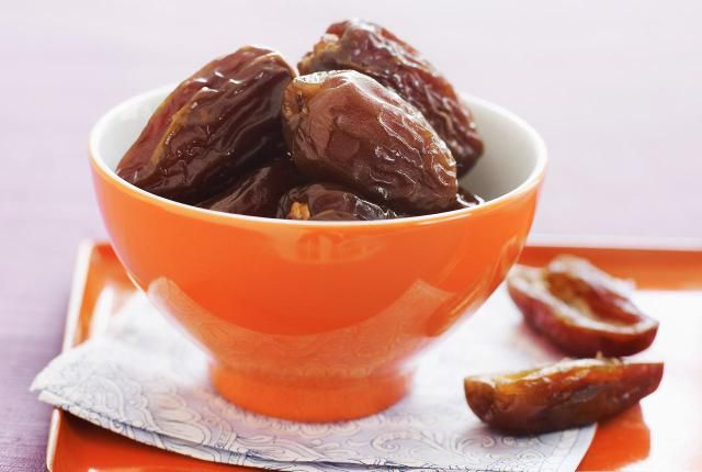 The Real Deal About Fresh Dates - The Best Selection, Storage, and Use: Fresh Date Season