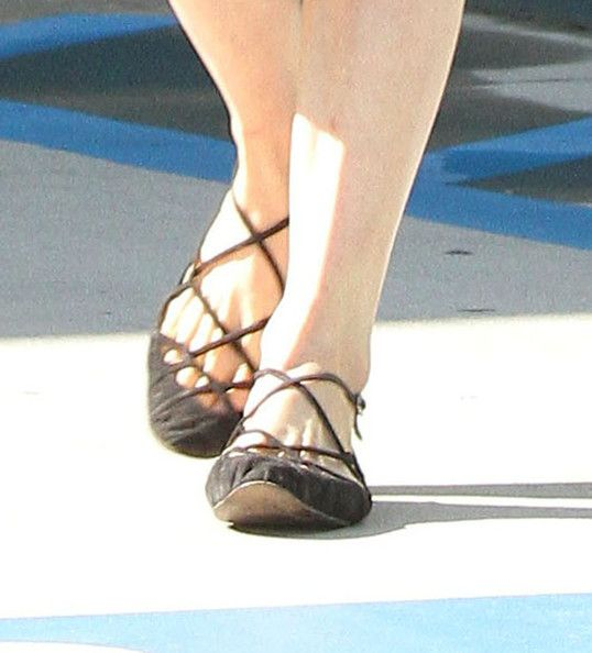 Dita Von Teese Photos - Burlesque model Dita Von Teese leaving a Pilates studio in Los Angeles, CA on October 2nd, 2012. Either she didn't work out too hard or she spent a lot of time primping in the dressing room! - Dita Von Teese Goes To Pilates