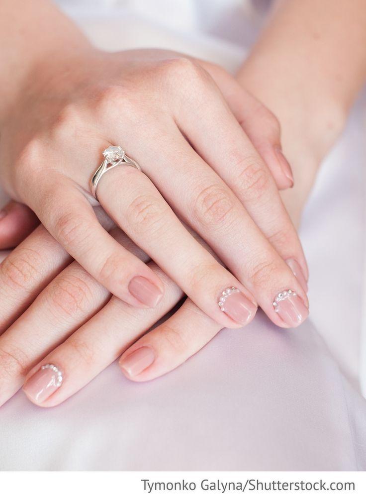 Hochzeitsmaniküre Brautnägel dezent für russische Hochzeiten