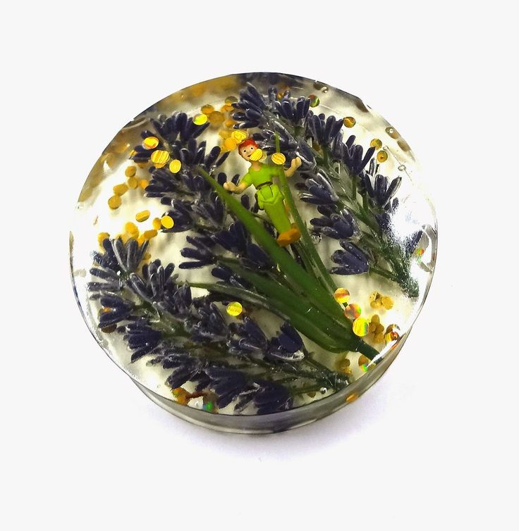 Resin Crafts: More Paperweights With EasyCast Resin