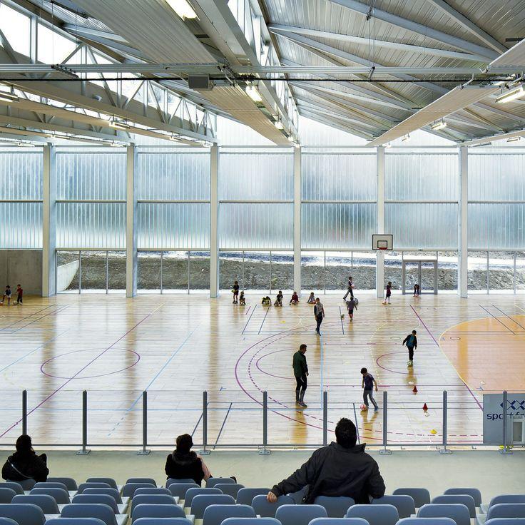 Gallery of Multisports Hall Mouvaux / de Alzua+ - 13