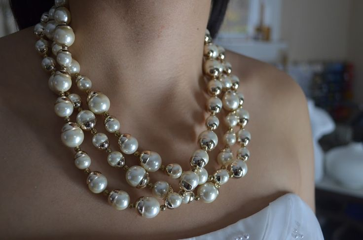 Bridal Pearl Necklace ~ Gold ~ Open Neckline ~ Wedding Jewelley