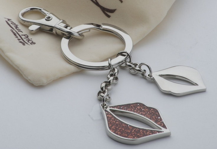 luscious lips diamante keyring