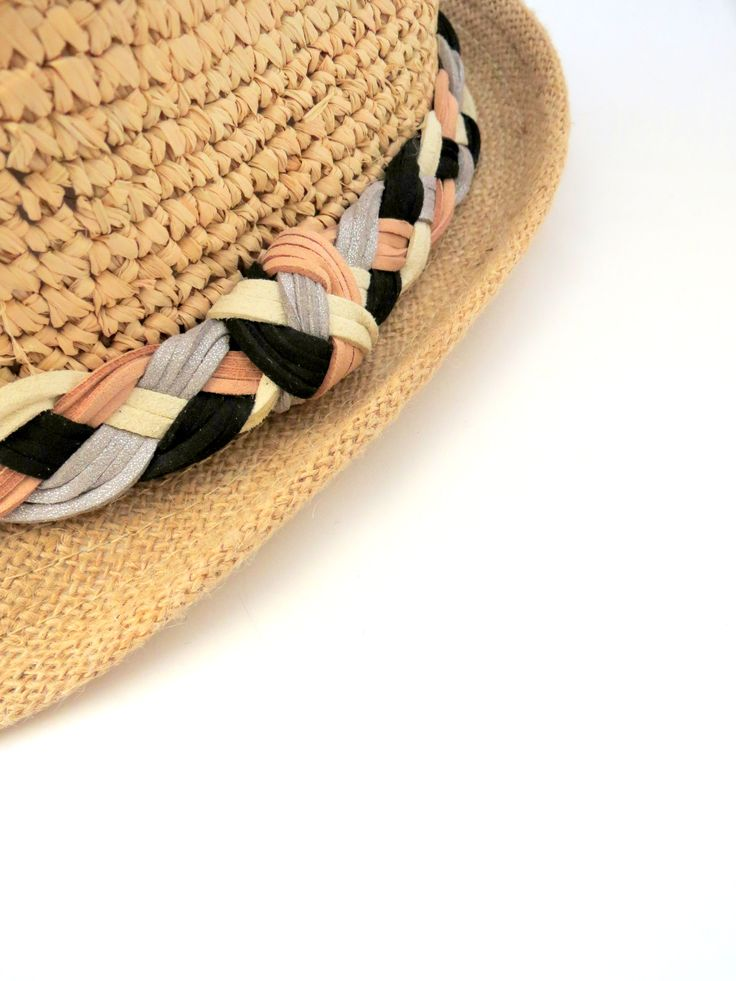 Chapeau de paille by Pas Si Sages bijoux  Straw hat by Pas Si Sages bijoux  black en white / noir et blanc / chapeau de paille / straw hat / hat / colors / summer / beach / plage / playa / hollidays / vacations / summer