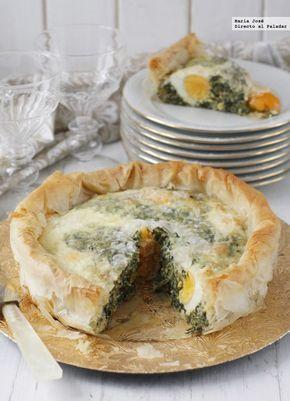 Torta pascualina. Receta italiana de Semana Santa. Masa filo, espinacas, acelgas, queso y huevo. Directo al paladar
