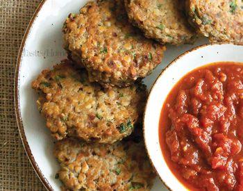 Burger de lentilles rouges à la confiture de tomates épicée | Taste Of Home Canada