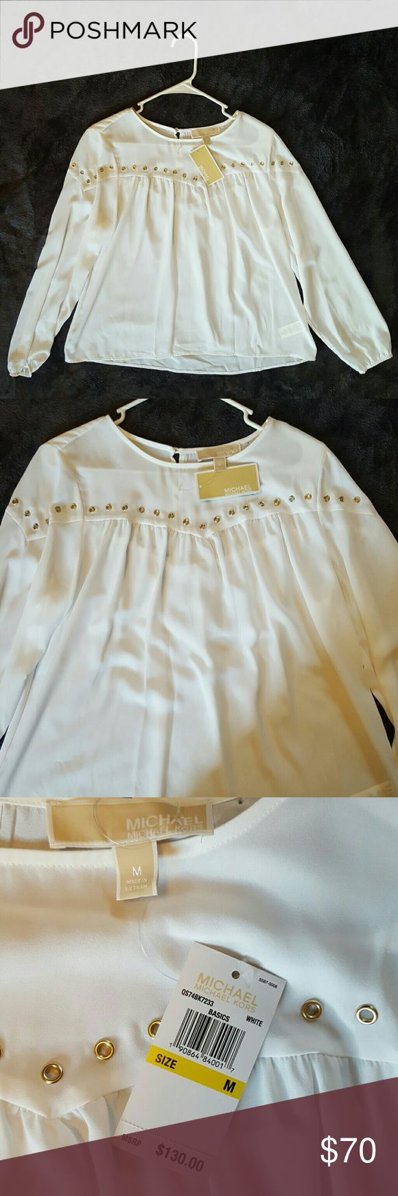 💄💕 GORGEOUS White Michael Kors top gold hardware New with tags! White Michael Kors basics dressy shirt with gold metal hardware on front and back. Back has gold button at top. Elastic cuff sleeves. Perfect with skinny jeans or leggings! MICHAEL Michael Kors Tops