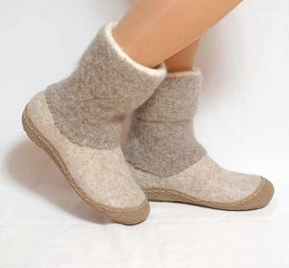 Felt boots natural beige brown felted wool boot by WoolenClogs