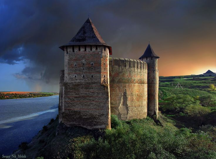 The Khotyn Fortress, Ukraine The Khotyn Fortress – the Middle Ages in the Ukrainian province